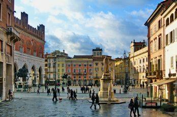 Piazza_dei_Cavalli_Piacenza2